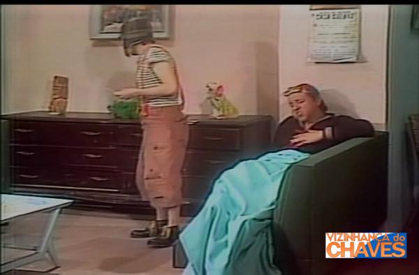 """""""Kiko doente"""", primeira versão, de 1974. Episódio que o SBT possui dublado e não exibe por ser semelhante. A emissora preferiu ficar apenas com a versão de 1977, que é exibida."""