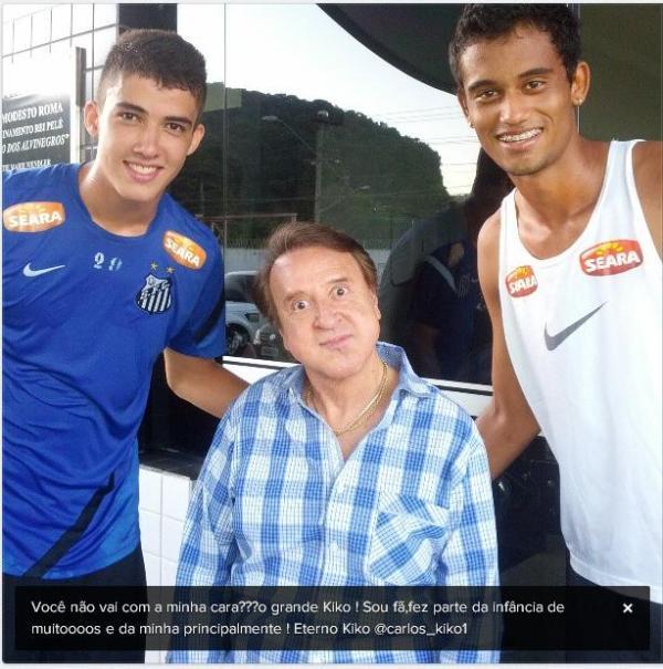 Carlos Villagrán e jogador Gustavo Henrique do Santos