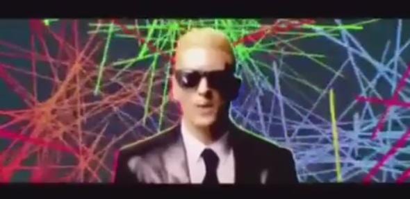 batalha de raps Chaves e Eminem - imagem reprodução - rap site Cifras facebook