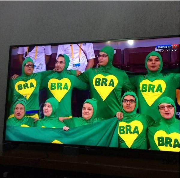 Chapolins brasileiros torcedores nos jogos Panamericanos de Toronto 2015 03