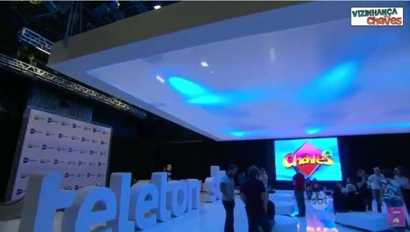 Bastidores do Teleton 2015 exibindo Chaves - imagem reprodução