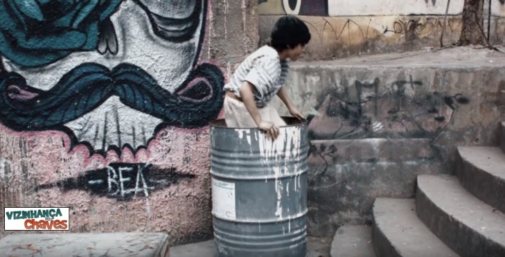 filme Moleque - homenagem e adaptação da série Chaves para o contexto brasileiro Brasil - Vizinhança do Chaves - imagem reproducao (1)