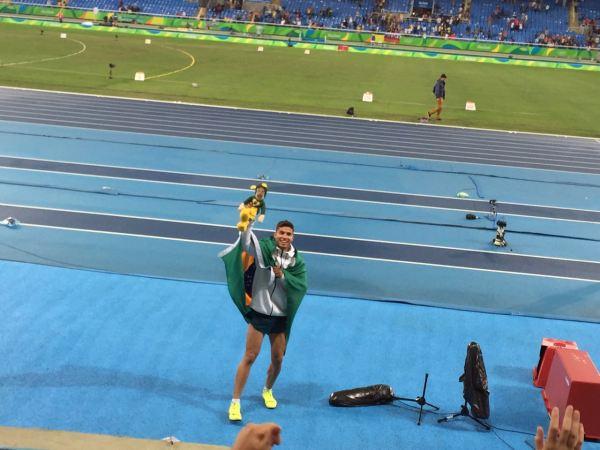 Chapolins brasileiros - Rio 2016 - Medalhito - Thiago Braz, ouro no salto com vara